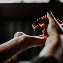 Terapia capilar com oléo vegetal